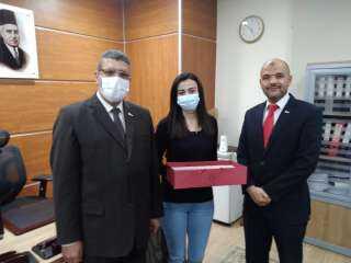 بنك مصر يطلق مبادرة توزيع الهدايا للعاملين المتعافين من كورونا