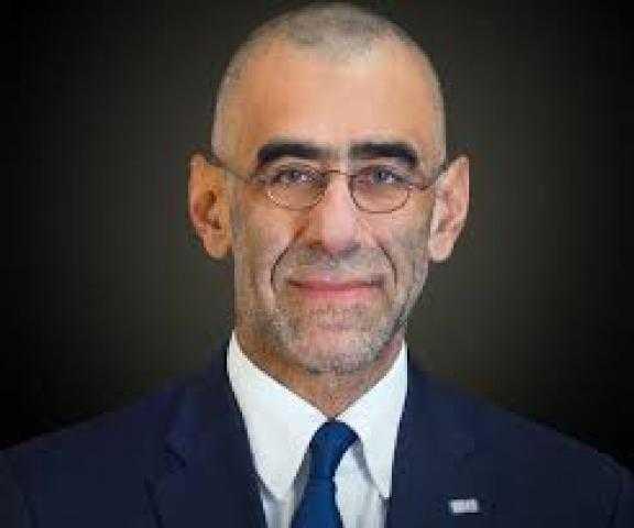 من هو حسين أباظة المسئول التنفيذي والعضو المنتدب للبنك التجاري الدولي