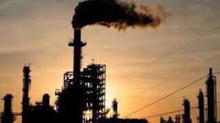 أسعار النفط تسجل 76.40 دولار للبرميل اليوم الخميس